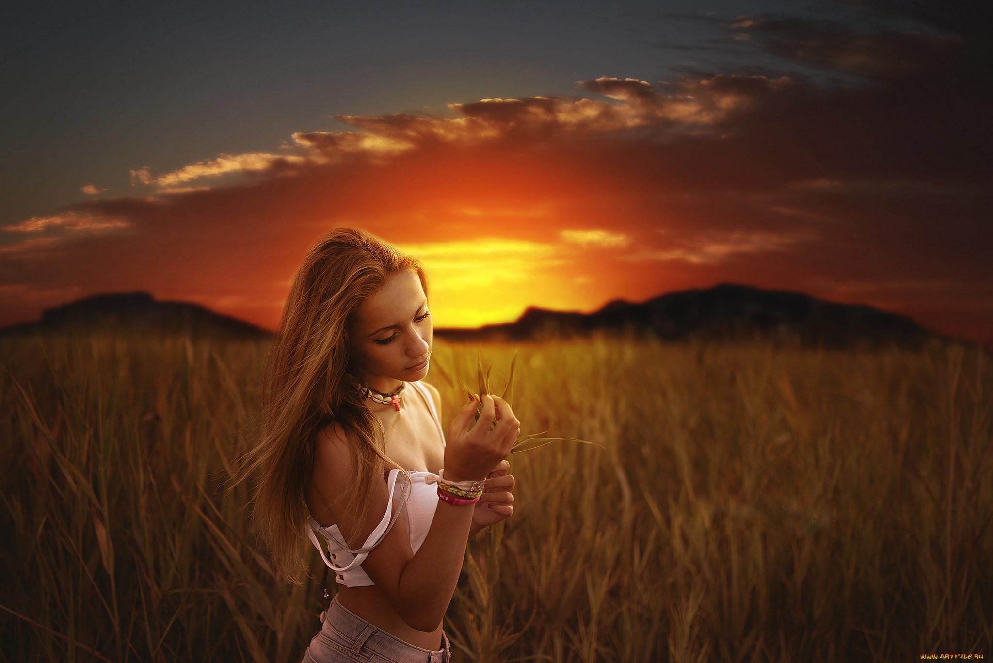 Фото девушек блондинки на закате, Блондинки: фото со спины 3 фотография